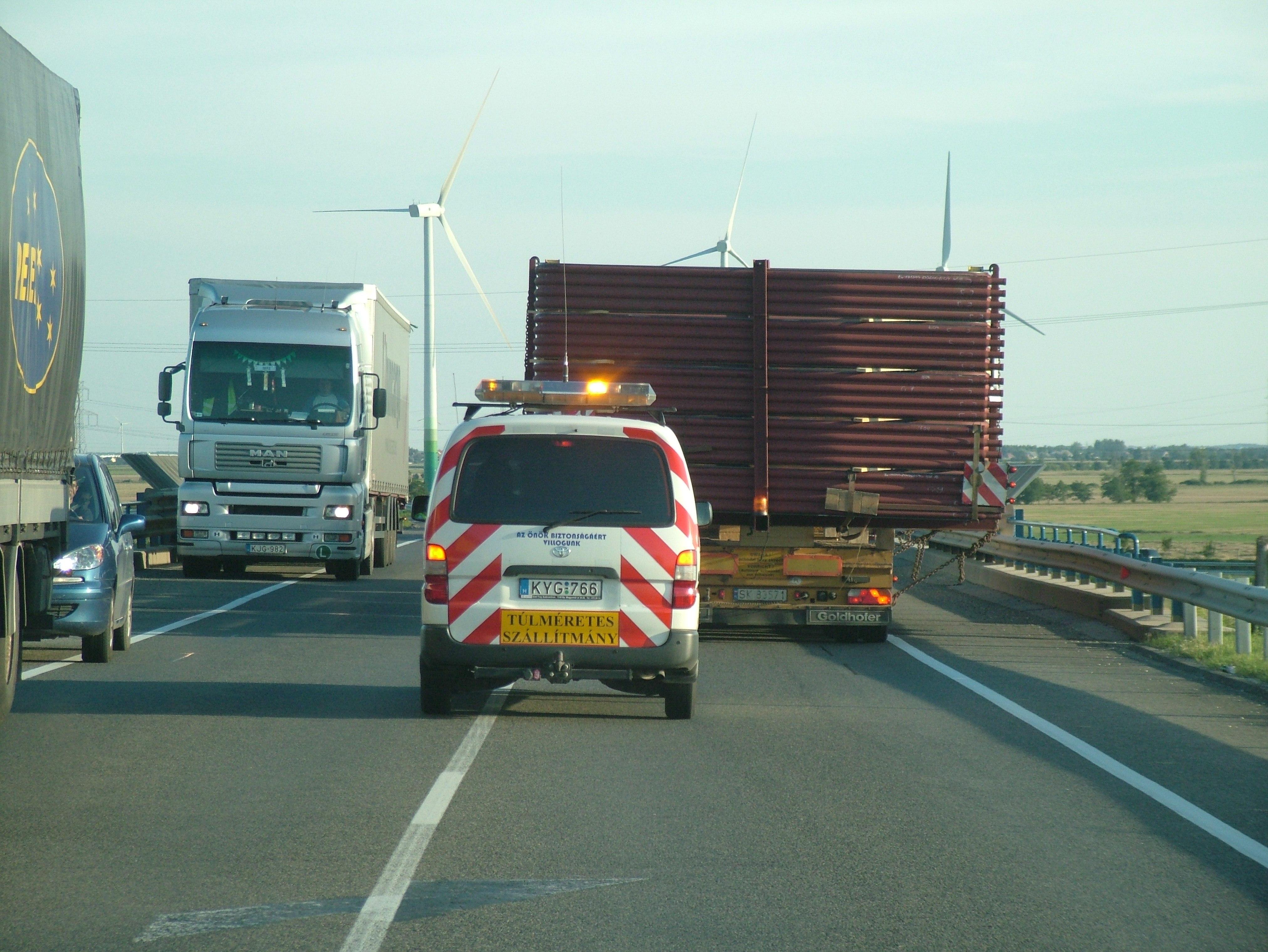 Kamionkíséret – szakkíséret